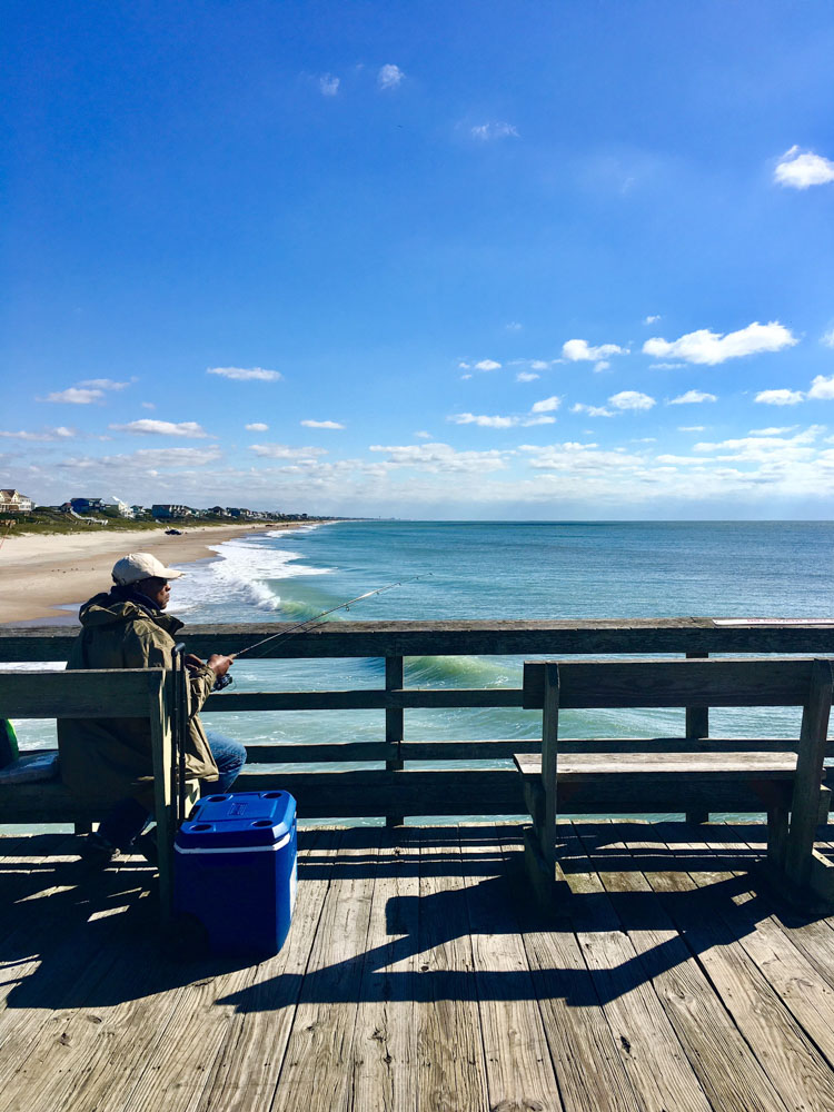 Strolling along bogue inlet pier bluewater nc for Bogue inlet fishing pier emerald isle nc