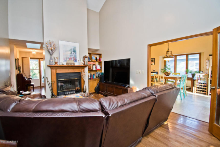 129 Hawthorne Drive Living Room- Home for Sale in Pine Knoll Shores, NC