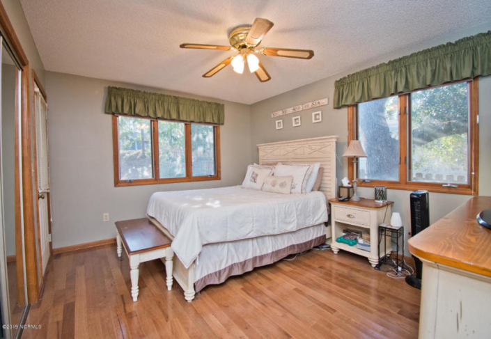 129 Hawthorne Drive Master Bedroom- Home for Sale in Pine Knoll Shores, NC